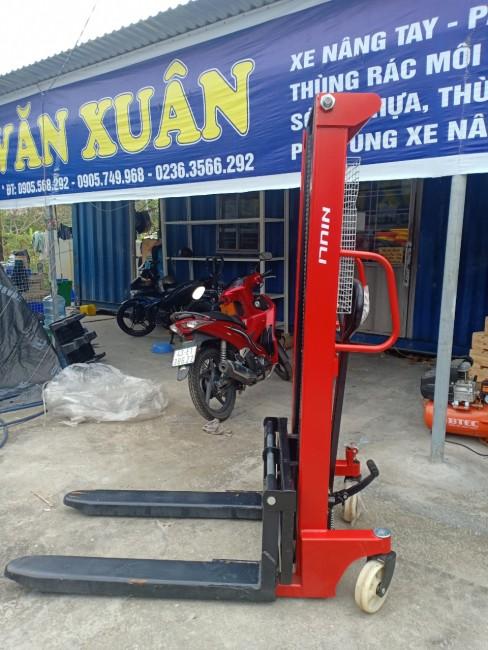 Quảng Nam: Bán xe nâng tay thủy lực 1000kg , nâng cao 2500mm BH 18 tháng Liên hệ Oanh 0905681595