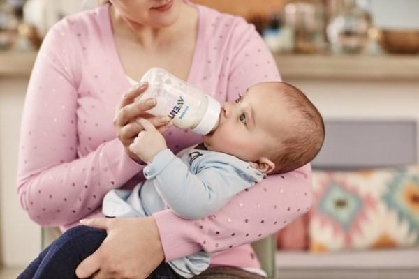 So sánh sữa Glico và S26, sản phẩm nào tốt hơn cho bé?