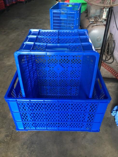 Sóng nhựa hở 5 bánh xe – sọt nhựa 5 bánh xe giá rẻ - 0915075488
