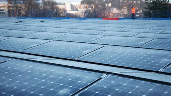 Sử dụng pin mặt trời, một phương pháp tiết kiệm điện