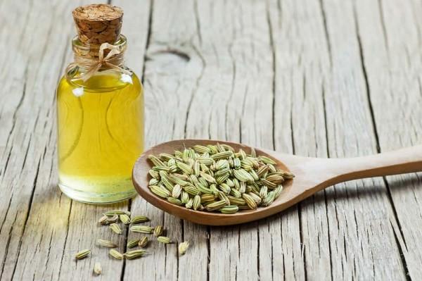 Sử dụng tinh dầu để cải thiện sức khỏe hệ tiêu hóa
