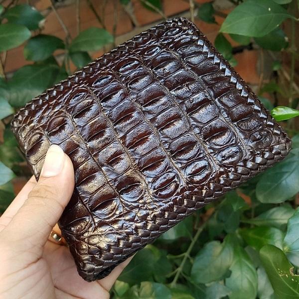 Sự ưu việt của chiếc ví da cá sấu dành cho người tiêu dùng