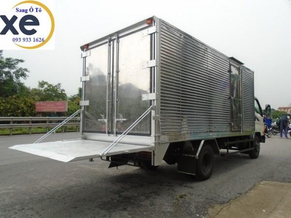 Sửa chữa bửng nâng xe tải, lắp mới bửng nâng xe tải.