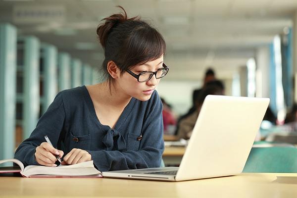 Tại sao Covid là thời điểm hoàn hảo để học kinh doanh trực tuyến?