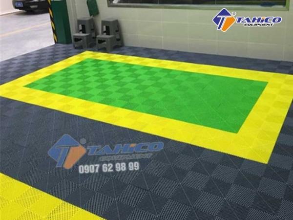 Tấm lót sàn cho trung tâm chăm sóc xe ô tô Q.12