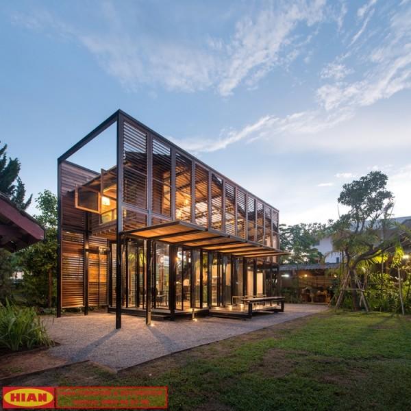 Thiết kế quán cafe bằng khung thép phối gỗ đẹp sang trọng