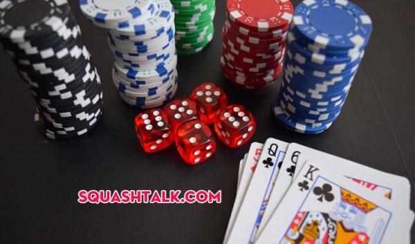 Thực hiện 7 chiêu trò cực kì tinh vi của cờ bạc bịp