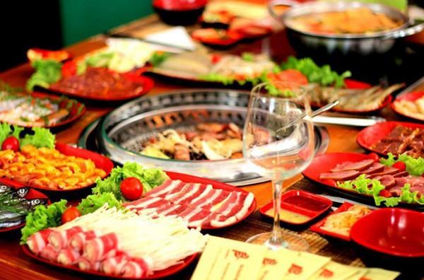 Thưởng thức thực đơn lẩu nướng thơm nức đầy mời gọi tại F3 BBQ