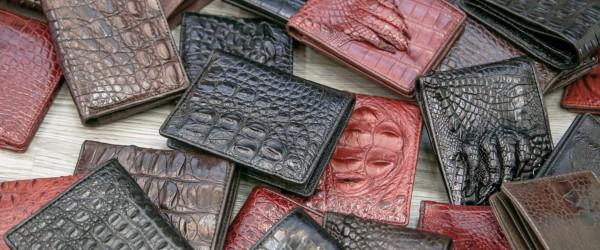 Tìm hiểu lý do vì sao nam giới lại thích ví da cá sấu