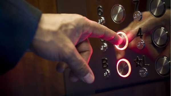 Tìm hiểu nguyên nhân và cách khử mùi thang máy vô cùng đơn giản
