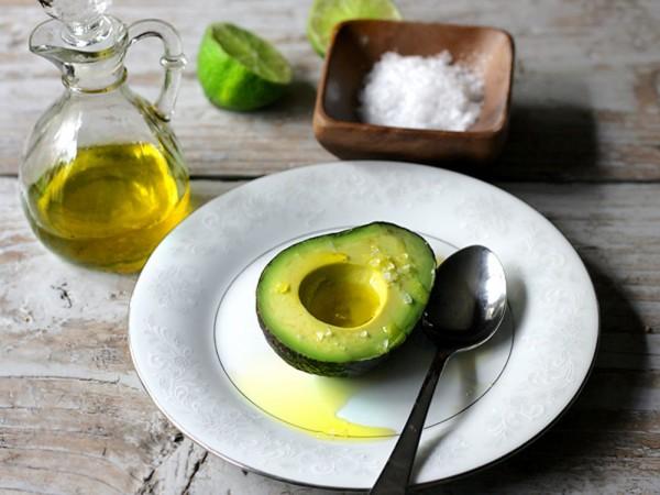 Tinh dầu bơ và 6 lợi ích tuyệt vời