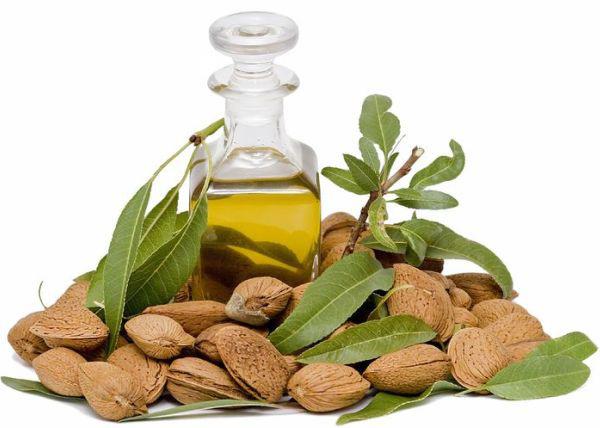 Tinh dầu cung cấp dưỡng chất giúp làm trắng da