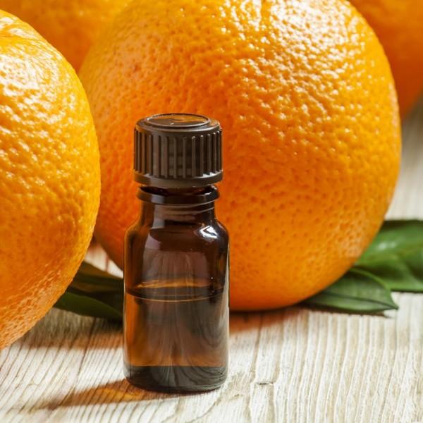 Tinh dầu- mẹo khử mùi tự nhiên cho cơ thể