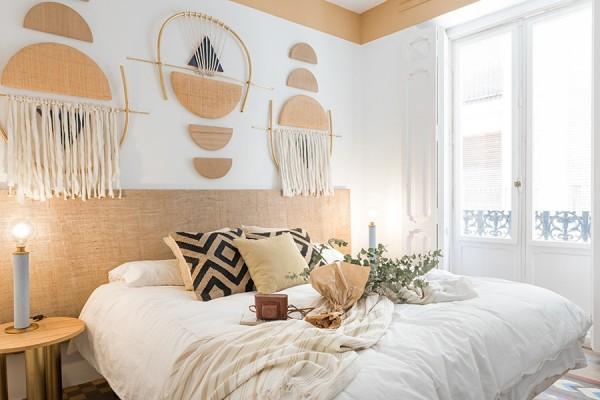 Tô điểm cho giường ngủ thêm xinh bằng những chi tiết nhỏ