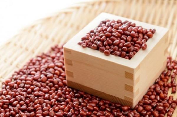 Tổng hợp những công thức chăm sóc da từ đậu đỏ