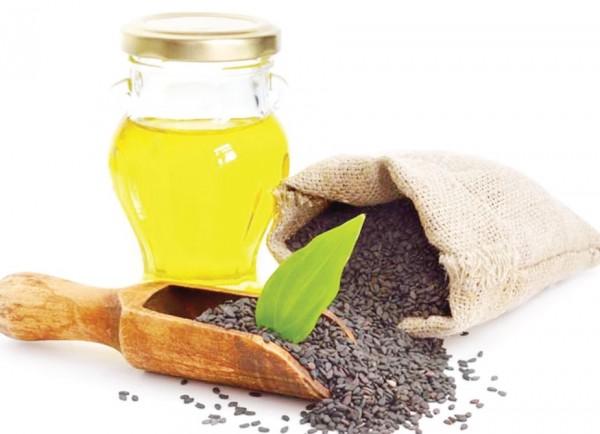 Tổng hợp những công thức dưỡng da từ tinh dầu mè