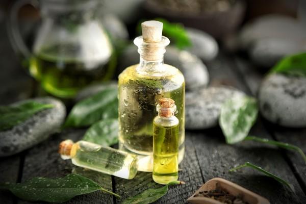 Tổng hợp những công thức làm đẹp với tinh dầu trà xanh