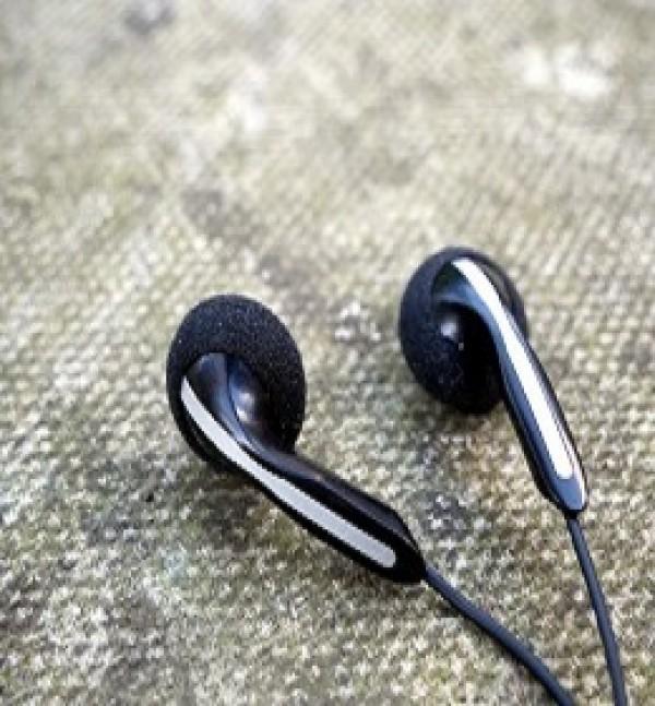 Top 3 mẫu tai nghe cổ điển đáng mua nhất