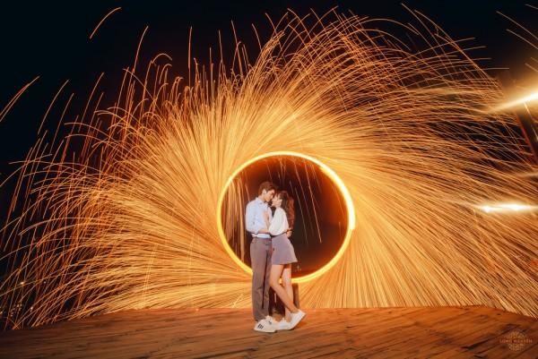 Trang điểm cho cô dâu và chú rể như thế nào để hợp concept chụp hình cưới?