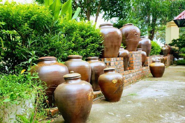 Trang trí nhà cửa với những đồ gốm đầy dung dị