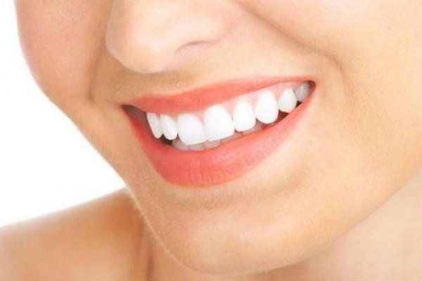 Trồng răng giả bằng phương thức tháo lắp ?