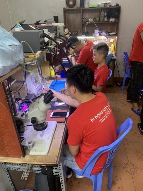Trung tâm đào tạo sửa chữa điện thoại cầm tay chỉ việc