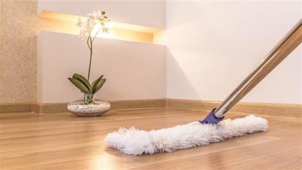 Tự làm nước lau sàn tại nhà đơn giản mà hiệu quả