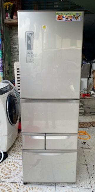 Tủ lạnh TOSHIBA GR- 432GS Date 2012, Dung tích 427L còn rất đẹp.
