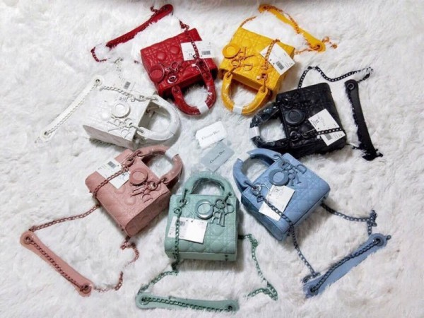 Từng loại túi xách sẽ nói về phong cách của chủ nhân sở hữu chúng