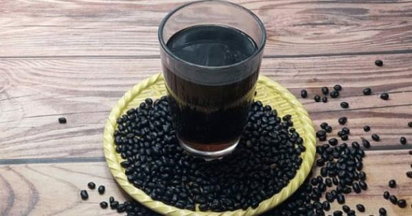 Uống nước đậu đen trong khi có kinh được không