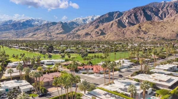 Vẻ hoang sơ và cảnh vật trữ tình ở Palm Springs níu chân du khách
