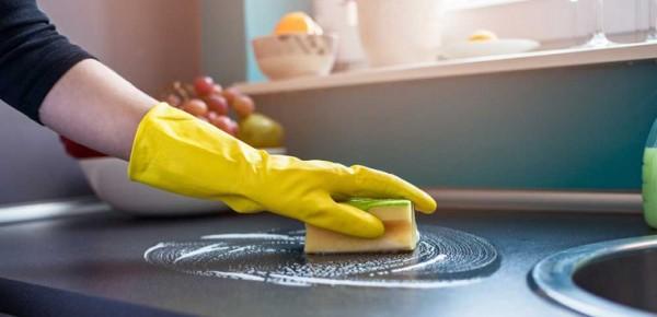 Vệ sinh nhà bếp sạch bóng với nguyên liệu đơn giản dễ tìm
