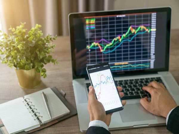 Vì sao nên giao dịch bằng tài khoản demo trước khi sử dụng tài khoản Live?