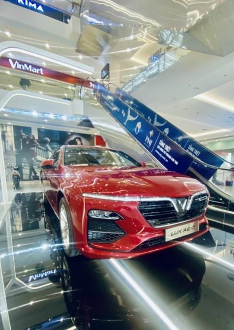 VinFast Lux A2.0 Plus Đỏ năm 2021