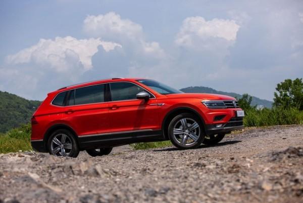 Volkswagen tiguan luxury màu cam xe Đức nhập khẩu nguyên chiếc