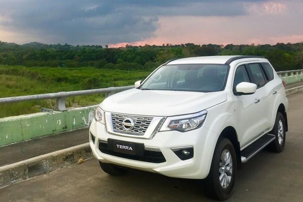 Website bán hàng - tin xe Nissan Terra