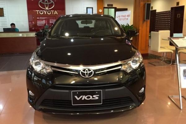 Website bán hàng - tin xe Toyota Vios