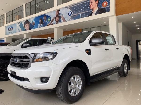Xe Ford Ranger XLS AT năm 2020, xe nhập Tạng Ngay TM