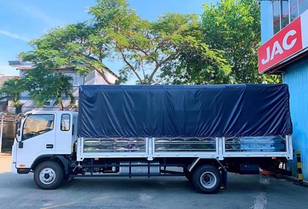 xe tải jac N650 plus 6.5 tấn máy cummins giá tốt , xe mới giao ngay 0357764053 Mr Trí