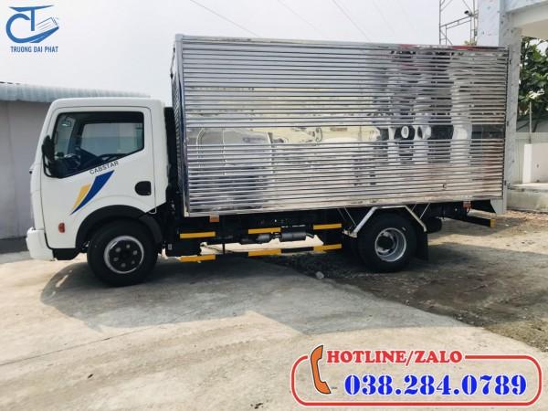 Xe tải Vinamotor Nissan 1,9 tấn thùng kín