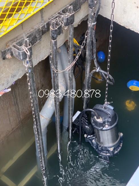(Zalo/Call)0983.480.878 Máy bơm chìm nước thải Tsurumi thân Inox 80PU23.7